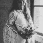 Bruidsfotograaf-Utrecht-Vintage-Bohemian-trouwfotograaf-Moniek-van-Selm-Bruidsfotografie-Boho-Stoer-Soda-Fabriek-Schiedam